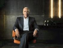 Günter Netzer ist das neue Werbegesicht von otelo (Pressefoto, Quelle: Vodafone)